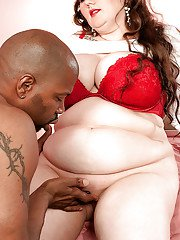 Horny bbw Lilli Blue gets her hot pussy licked in interracial action