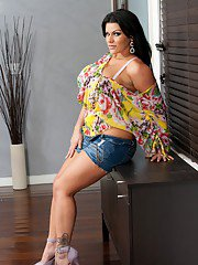 Sexiest Latin fatty of all times  irresistible Angelina Castro