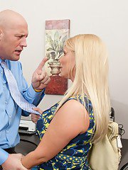 Chubby mature whore Karen Fisher having a hard one in office