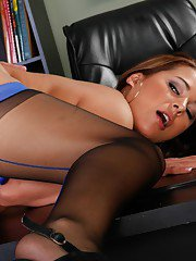 Big cock slides into the shaven hole of fat puss Penelope Piper
