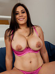 Fat milf high heels  terrific solo show from a naked brunette