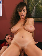 Chubby mature woman gets her wet hairy pussy fucked with a long dick