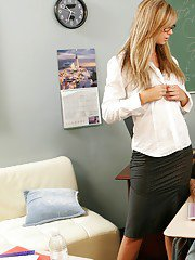 Two blond MILF teachers Brooke Banner and Julia Ann fucking a student