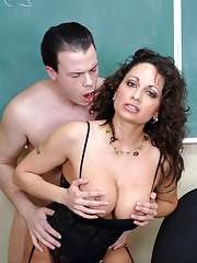 Mature teacher in stockings Isabella Manelli stuffed with meaty cock