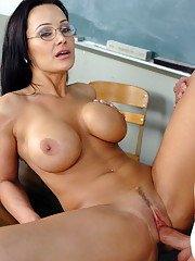 Mature teacher in glasses Lisa Ann bouncing on huge dick of her student