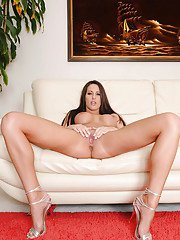 Hot babe in bikini Kortney Kane exposing long sexy legs and hooters