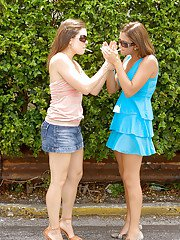 Teen amateurs Emilee Parker and Angelina Korrs have perfect groupsex