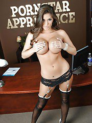Pornstar babe Madelyn Marie stays in her stockings to masturbate