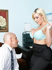 Busty slut Memphis Monroe pushes a cock in her stretched cunt