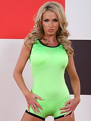 MILF Nikki Benz shows her gorgeous tits while a sports play