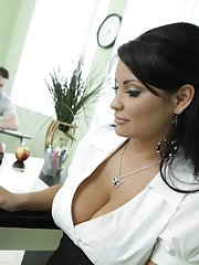 Latin MILF teacher Sophia Lomeli banged in the class by a lucky stud