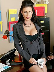 Office MILF with huge melons Jessica Jaymes gets a cock in her pussy