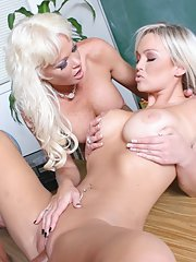 MILF and a schoolgirl Rhylee Richards and Abbey Brooks have groupsex