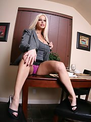 Hot MILF wife Gina Lynn is stripping naked to feel herself