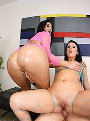 Latina MILFs Olivia Olovely and Luscious Lopez having a threesome