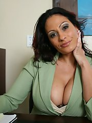 Latina MILF Ava Lauren getting naked in the office to spread her pussy
