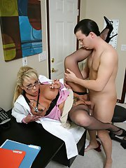 MILF babe in doctors uniform Milan has her butthole banged