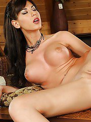 MILF babe with big tits Kendra masturbating her shaved twat