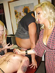 Sexy blonde pornstar Kagney Lynn Karter has groupsex at the party