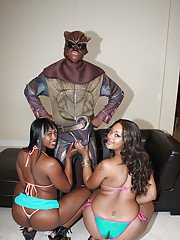 Black MILF babes Royalty and Nikki exposing their fatty asses