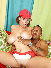 Katie Kox comes across a big dick and doesnt miss a chance to ride it