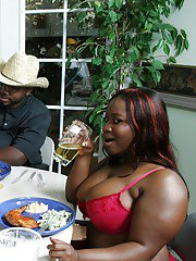 Ebony babes with huge butts Mz Booty and Joei having a threesome