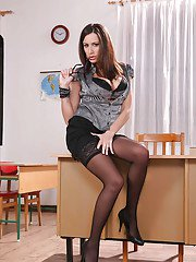 MILF teacher in stockings Sensual Jane gets naughty in the class