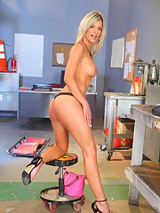 Incredibly hot MILF Klarisa L strips and shows her beauty in high heels