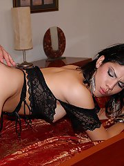 Hot latina in sexy llingerie and stockings gets her pussy plowed