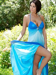 MILF babe with big melons Dylan Ryder takes off her dress outdoor