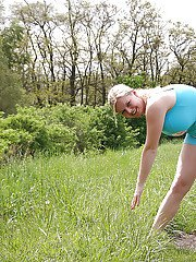 Outdoor sport play with chubby Sima toying with her dripping pussy