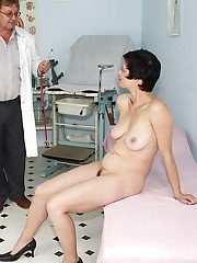 OBGYN visit for this mature gets dirty with asshole amp hairy cunt play