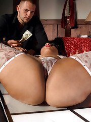 Busty babe with hot booty Candi Luvv gets her ebony cunt banged