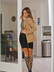 Adorable babe with big boobs Madison Ivy stripping and posing naked