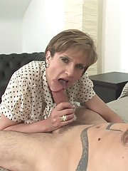 Mature lady with big tits gets a facial cumshot after hardcore fucking