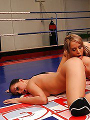 Nude catfight of two sporty babes turns into hot lesbian sex