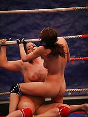 Sporty MILF fighting and pleasuring each other in the ring
