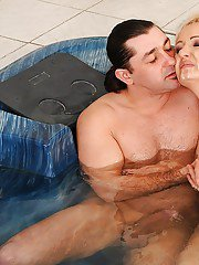 Chubby mature blonde gets her hairy twat drilled in the pool