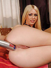 Horny blonde babe Nikky Thorne stripping and toying her asshole