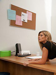Sexy MILF Kristal Summers gives a blowjob and gets fucked in the office