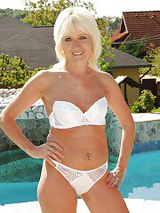 Lusty mature blonde on high heels Kate Blonde stripping by the pool