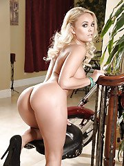 Seductive blonde babe Alexis Monroe uncovering her gorgeous curves