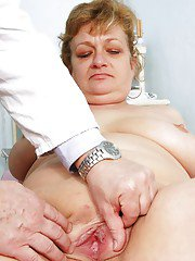 Fatty mature lady gets her tits and shaved pussy examed by gyno