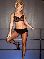Hot blonde babe Aryka Lynne slipping off her lingerie and pantyhose