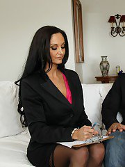 Full-bosomed MILF Ava Addams gets her shaved cunt pounded hardcore