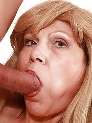Slutty blonde granny gives a blowjob and gets shafted hardcore
