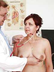 Fuckable mature lady gets her body examed by a naughty gyno