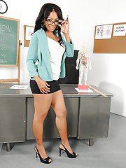 Ebony teacher in glasses Anita Peida stripping and spreading her legs
