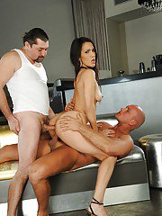 Horny latina gets double penetrated having a groupsex with two guys