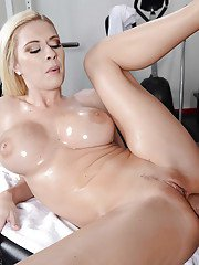 Busty pornstar Riley Evans gets anally banged on the massage table